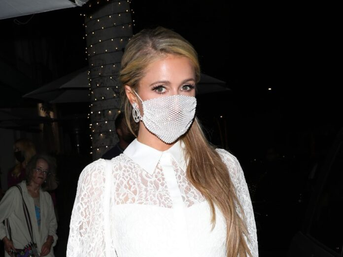 Bedazzled Face Mask