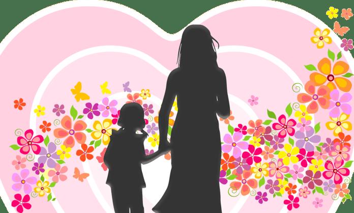Strange Mother-Daughter Duo